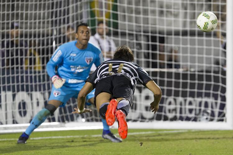 São Paulo bate o Corinthians nos pênaltis e é campeão do Florida Cup