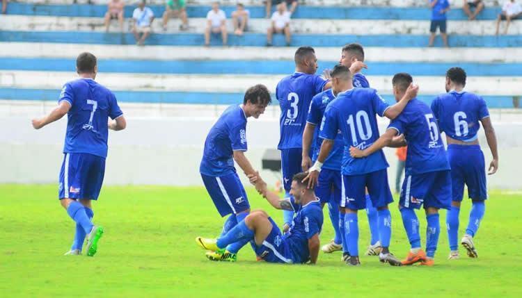 Taubaté comemora vitória e projeta 19 finais na Série 2A