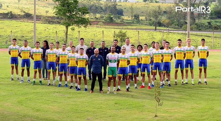 Equipe de ciclismo de São José dos Campos é apresentada na Funvic