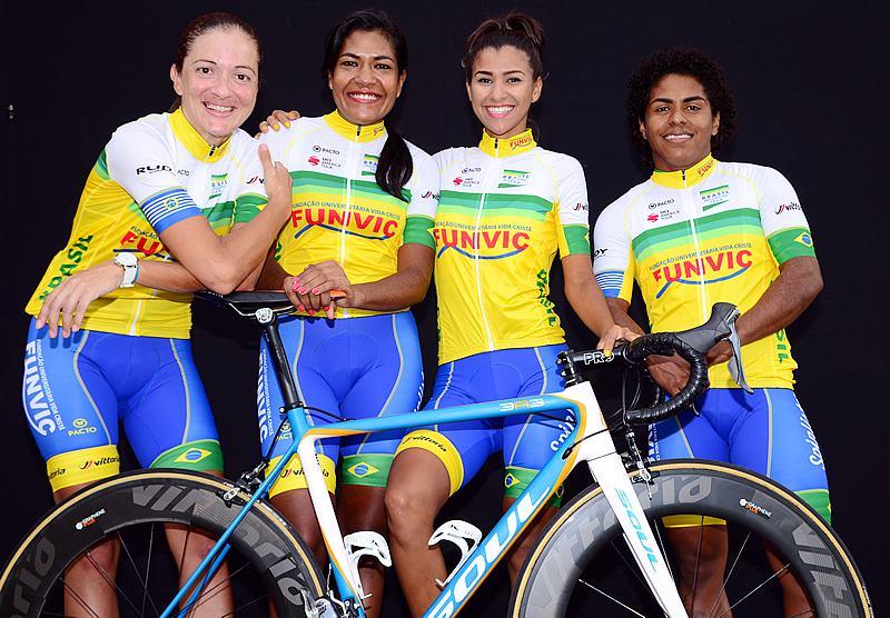 Ciclismo de São José disputa Torneio de Verão em Ilha Comprida