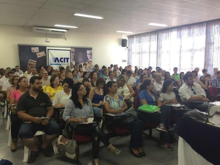 ACIT  Taubaté lança Projeto Empreende 2017 no Café dos Associados