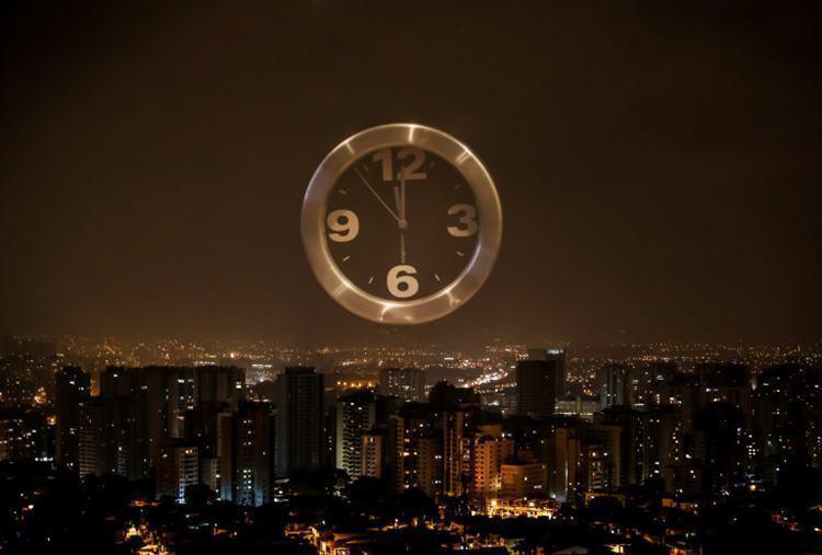 Termina a meia noite deste sábado o Horário Brasileiro de Verão
