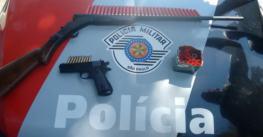 Polícia apreende espingarda e simulacro de arma de fogo em Taubaté