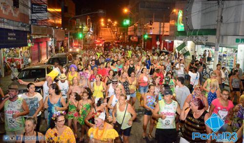 VÍDEO: Bloco da Academia desfila e abre o carnaval na Ferroviária