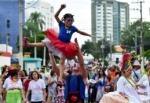 Desfile do Pirô Piraquara abre oficialmente o carnaval em São José