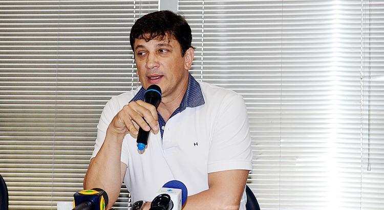 VÍDEO: Dr Isael Domingues anuncia saída de Pinda do consórcio SAMU