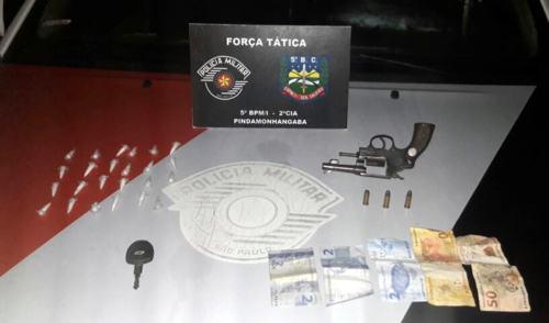 Trio é detido com arma e drogas no Campo Alegre em Pinda
