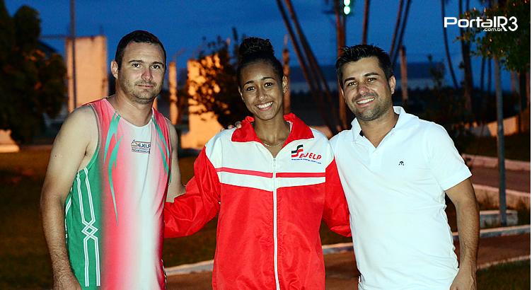 Ketiley Batista, de Pinda, é prata no Estadual Sub20 de Atletismo