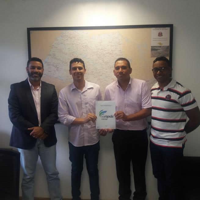 Ubatuba recebe carreta do Programa Via Rápida