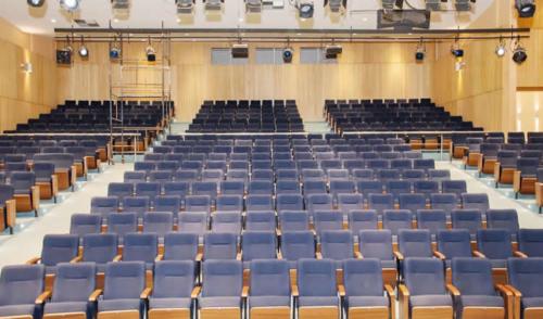 Ubatuba investe em restauração do Teatro Municipal