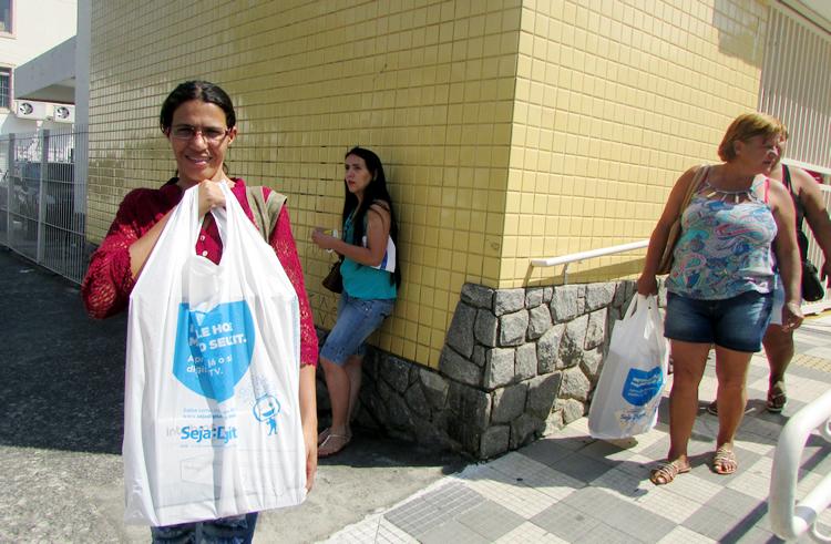 Seja Digital distribuirá conversor para famílias de São Vicente