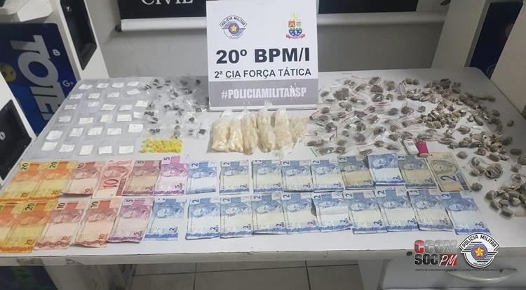 PM apreende dupla com 369 porções de drogas em Caraguatatuba - PortalR3